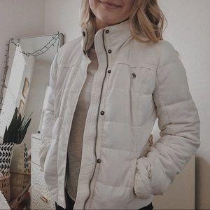 ABERCROMBIE & FITCH White Puffer Jacket